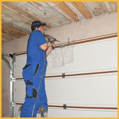 Community Garage Door Repair Service Milwaukee, WI 262-299-0092